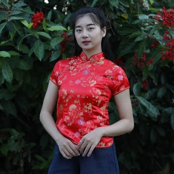 เสื้อตรุษจีนผู้หญิง (เสื้อกี่เพ้า) แขนสั้น สีแดง ลายดอกเหมยคู่กับซังฮี้