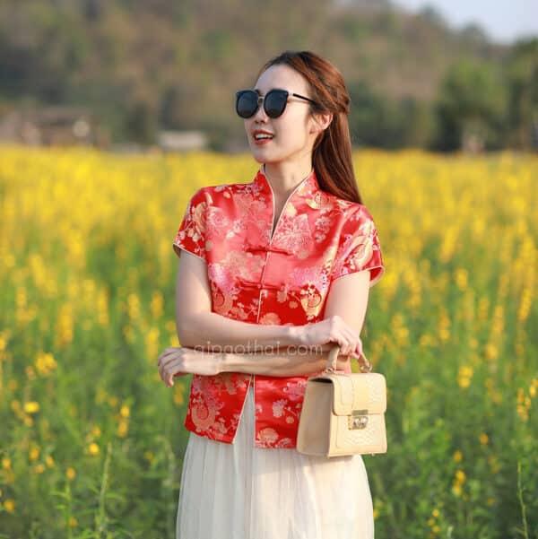 เสื้อตรุษจีนผู้หญิง (เสื้อกี่เพ้า) แขนสั้น สีแดง