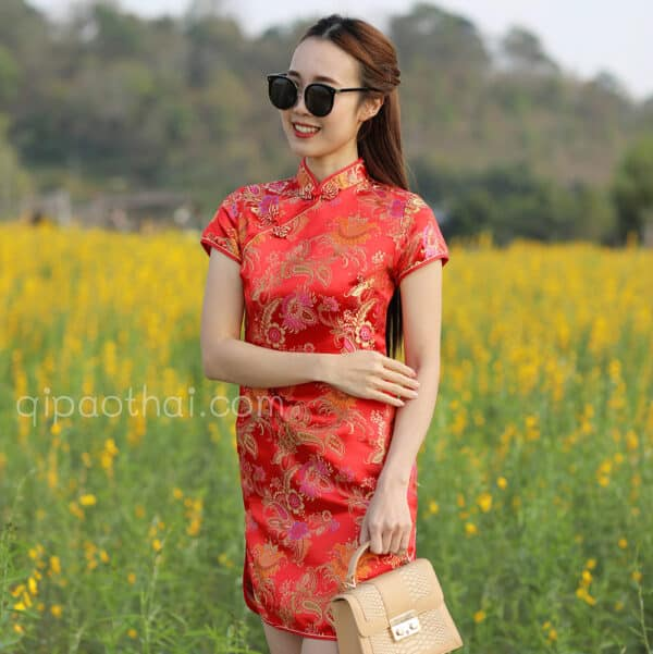 ชุดตรุษจีนผู้หญิง (ชุดกี่เพ้า) แบบยาว สีแดง ลายดอกสับปะรด